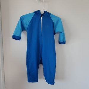 One piece hooded boys bathing suit 6-12m